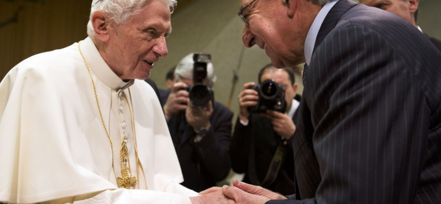"Pope thanks CIA war criminal for ""protecting the world"""