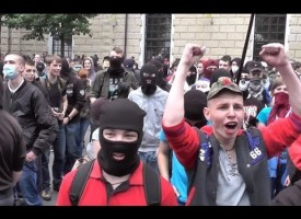 Ukie stormtroopers assault Russian church and bank in Kiev