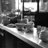 Moveable Feast Cafe 2017/04/16 … Open Thread
