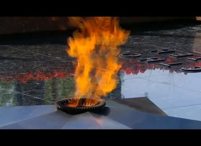 """Eternal flame"" (music video excerpted from the movie ""The Officers"")"