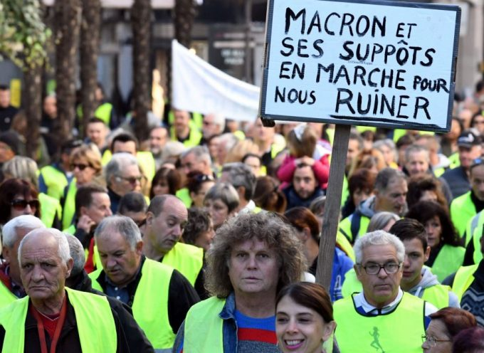 "The ""gilets jaunes"" movement as seen by the French-language Saker Blog"
