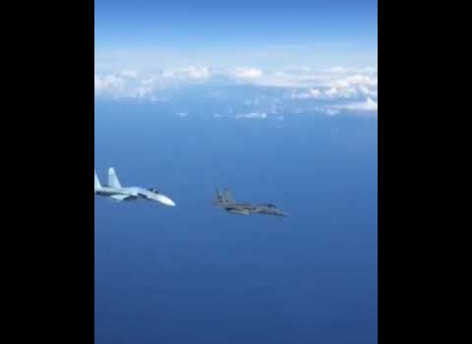 Great video: Russian Su-27 fend off F-15