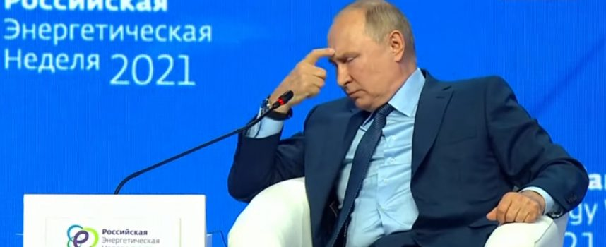 Russians are in total awe at the suicidal stupidity of the West