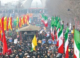 Ahmadinejad Reiterates Iran Rights in Rally