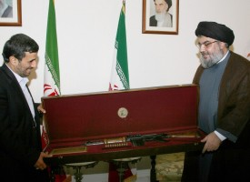 Nasrallah's present to Ahmadinejad – an Israeli assault rifle seized in 2006