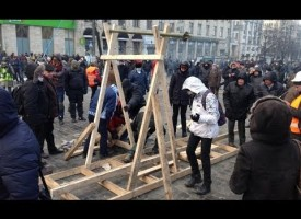 Good footage from the revolution attempt in Kiev