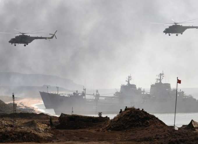 Russian Defense Ministry Releases Images of Crimea War Games