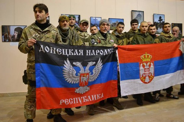 Serbian volunteers in Novorussia and their Russian comrades in arms.